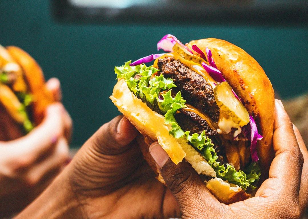 Bon-coin-burger-mayotte-accueil-2-1080x768
